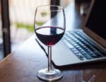 Wine Monitor: esplosione delle vendite di vini nei canali e-commerce e grande distribuzione