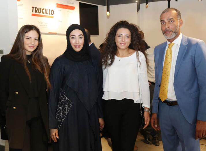 Antonia Trucillo, Muzna Al Otaiba, Andrea Trucillo e Younis Al Bishari, general manager MHAO Group