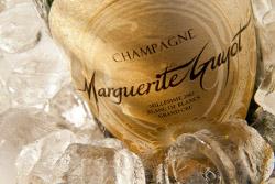 La Cuvée Extase Blanc de Blancs Grand Cru millesimato 2002  dello champagne Marguerite Guyot si aggiudica il primo posto assoluto nella classifica stilata da Scatti di Gusto